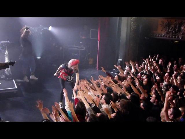 Grimes Kill V Maim Trianon Paris 2016
