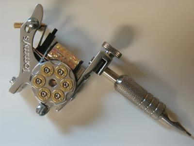 машинка для татуиировок