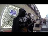 Дарт Вейдер играет на балалайке)) в центре москвы