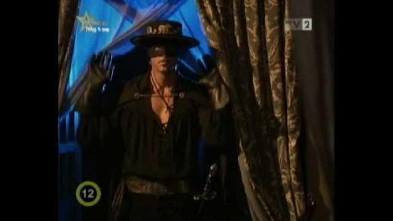 El Zorro: la Espada y la Rosa - Amor Gitano