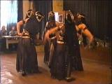 Восточный танец в солдатском клубе