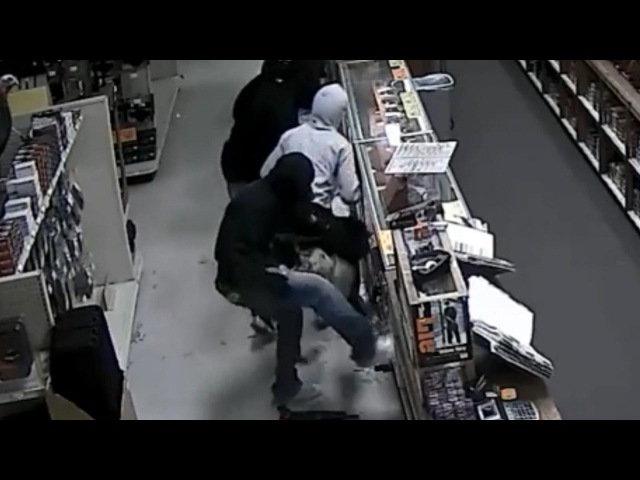 Houston Gun Store Robbery Caught on Security Footage