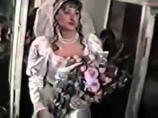 Кавказская невеста здоровается с отцом мужа | caucasian groom greets his father with husband