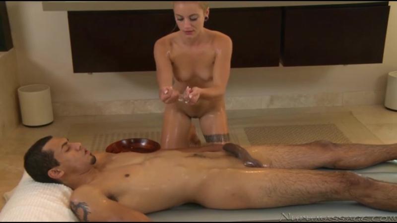 eroticheskiy-massazh-na-sportivnoy