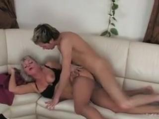 порно с немолодыми милфами