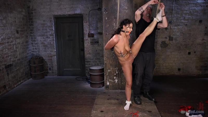 Муж жестко наказал хуем жену за измену