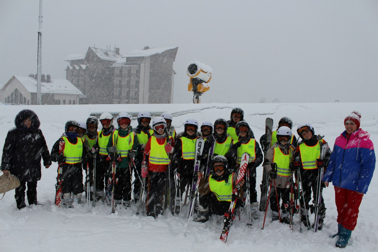 В Зеленчукском районе провели первый урок физической культуры на основе горнолыжного спорта