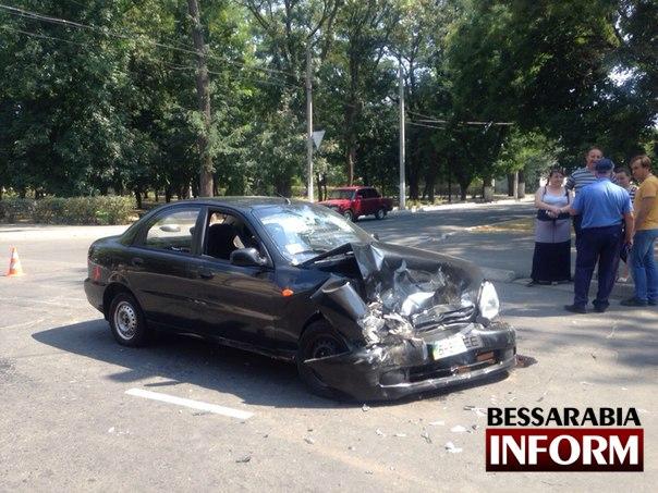 Ee571JvjEQg В Измаиле произошло серьезное ДТП: есть пострадавшие