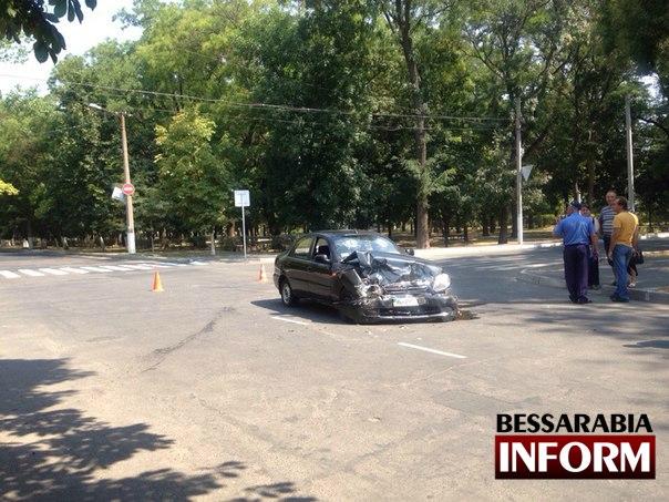 vBCuqc-AN0I В Измаиле произошло серьезное ДТП: есть пострадавшие