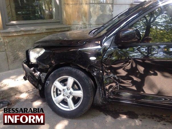 RZHGxwUIRMQ В Измаиле произошло серьезное ДТП: есть пострадавшие