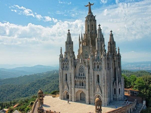 Захватывающая дух архитектура Барселоны