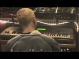 EMINEM PLAYING THE GUITAR &amp PIANO (BARRY MANILOW)