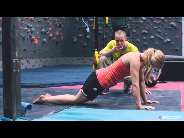World Cup Training With A Finger Injury   3 Days With Shauna Coxsey Ep. 1