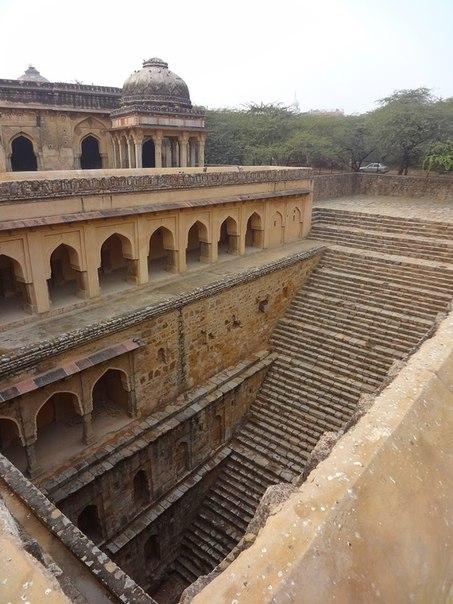 i yKAOkhj9Y - Заброшенные храмы Индии (как в мультфильме про Маугли)