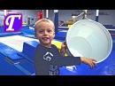 Спортивная Гимнастика и Маленький Гимнаст Максим – Игры в Зале Батут Прыжки для детей entertainment