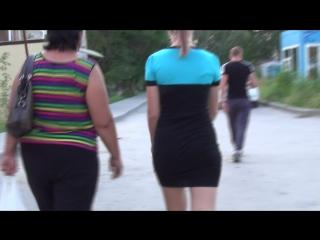 SEXY GIRL !!! BIG ASS !!! Девушка в короткой юбке !!!