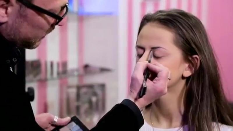 Техника макияжа - мастер-класс от Эрика Индикова