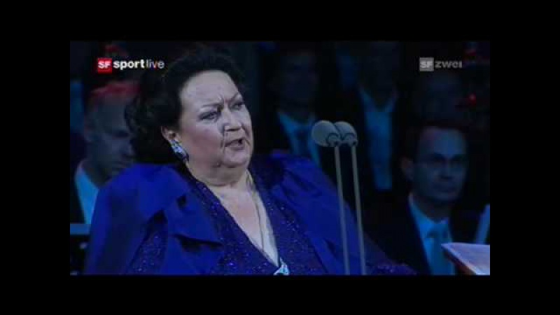 Bizet Habanera (Carmen) - Montserrat Caballé, live Basel 2009 with Roger Federer