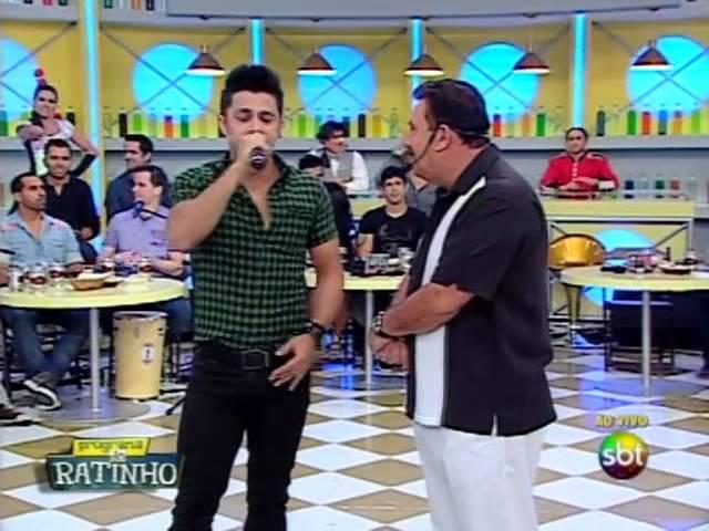 Cristiano Araújo canta Maus Bocados no Boteco