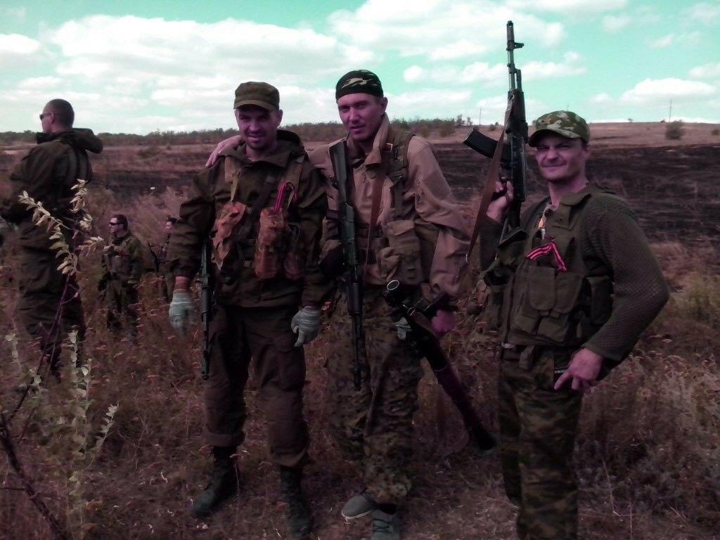 «Моя цель - получить гражданство, чтобы можно было смело идти воевать за Россию»: откровенный разговор с добровольцем Донбасса Евгением Щербаком