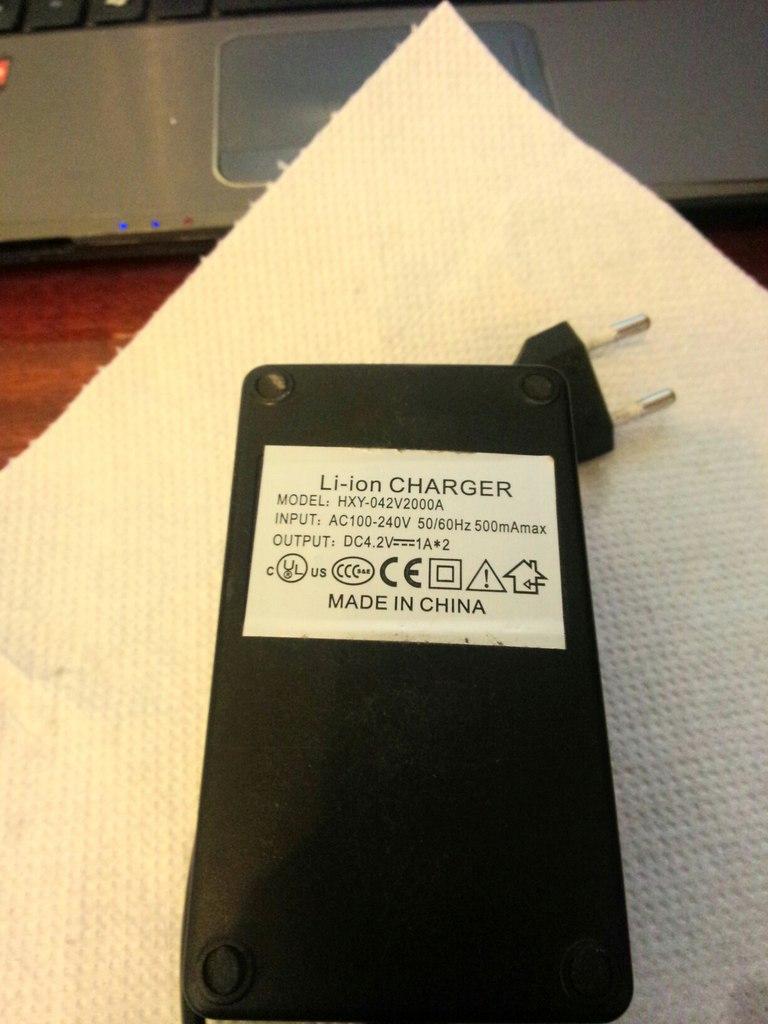 Продам IPV 3 (165 ват), Origen Genesis v2(клон), Зарядное устройство Keeppower 886
