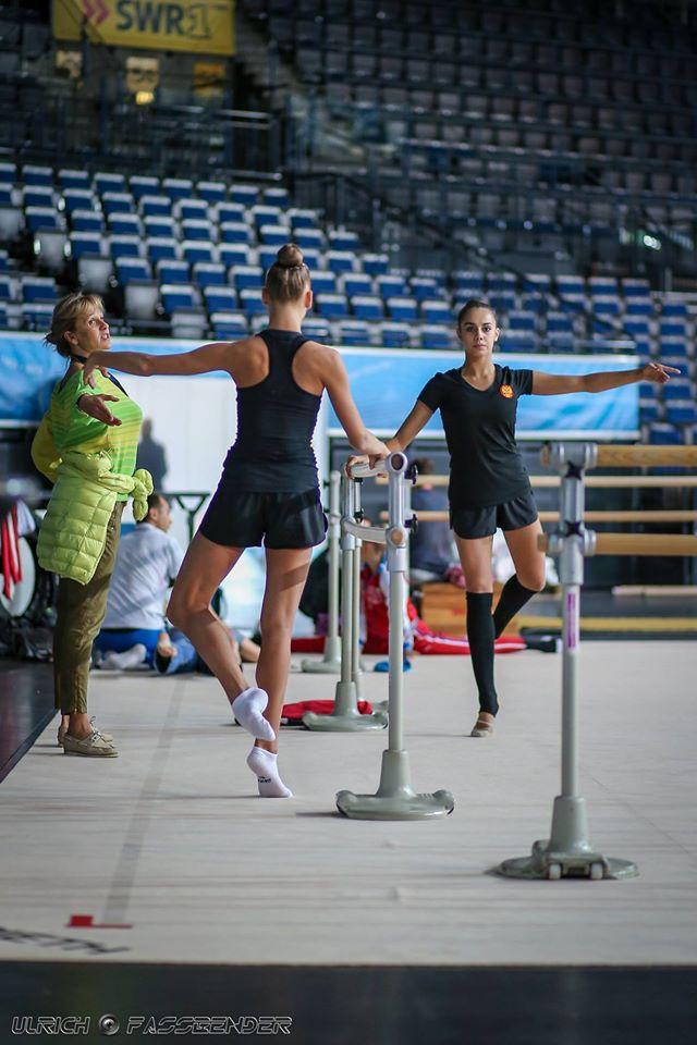 Чемпионат мира по художественной гимнастике. Штутгарт. 7-13 сентября 2015 QKrNM4W2fzE