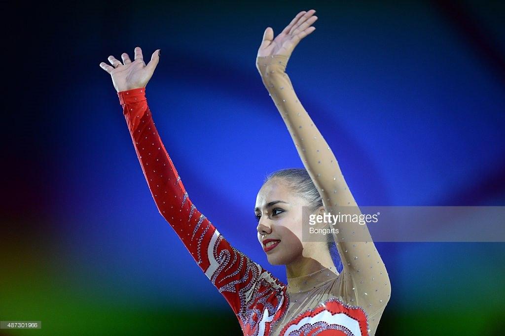 Чемпионат мира по художественной гимнастике. Штутгарт. 7-13 сентября 2015 - Страница 2 Xb3f2NfhqVY