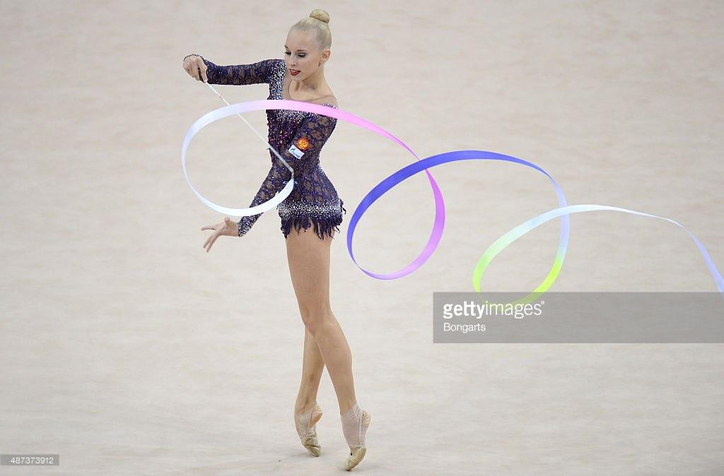 Чемпионат мира по художественной гимнастике. Штутгарт. 7-13 сентября 2015 - Страница 2 BDrWN-NMAVc