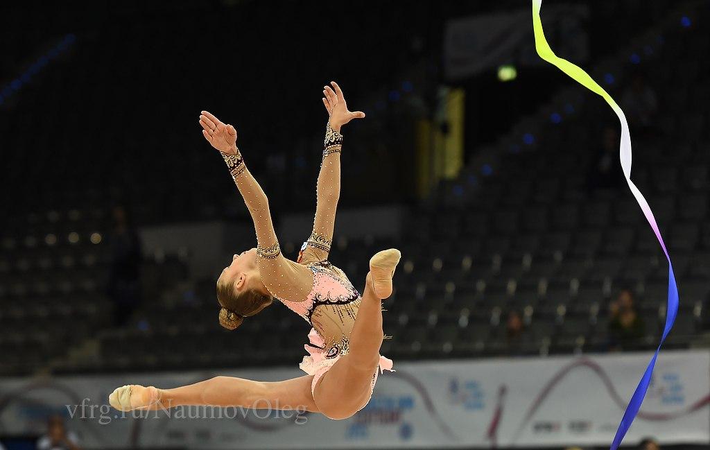 Чемпионат мира по художественной гимнастике. Штутгарт. 7-13 сентября 2015 - Страница 2 IdFvo2upJBI
