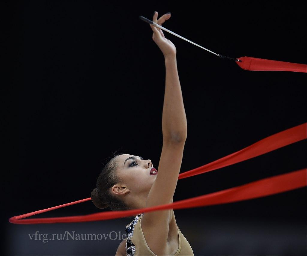 Чемпионат мира по художественной гимнастике. Штутгарт. 7-13 сентября 2015 - Страница 2 EEoKLGbJx5A