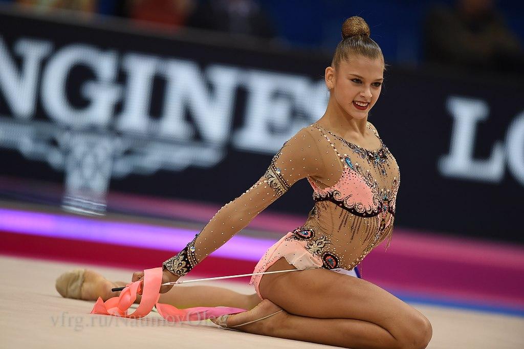 Чемпионат мира по художественной гимнастике. Штутгарт. 7-13 сентября 2015 - Страница 2 6ua6Uc8ek7c