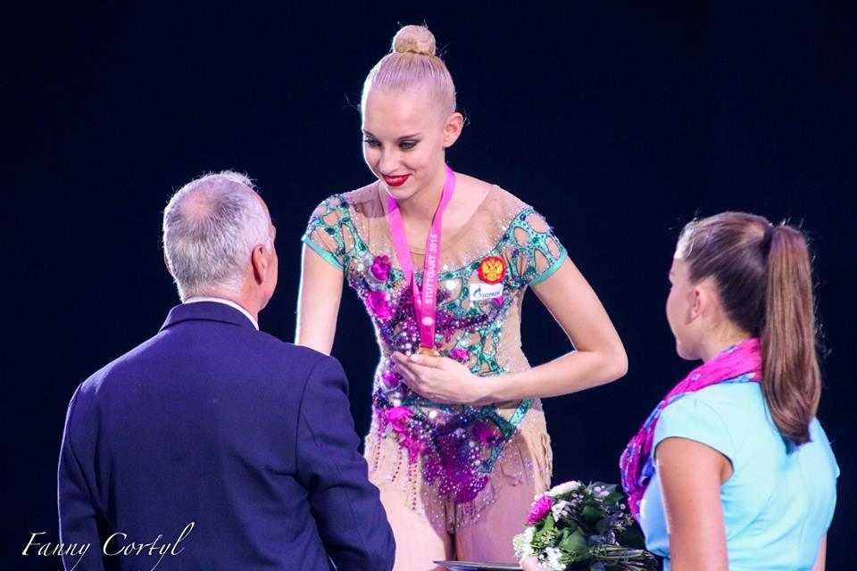 Чемпионат мира по художественной гимнастике. Штутгарт. 7-13 сентября 2015 - Страница 2 Tkf5dV9m7Sg