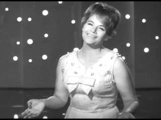 Песня не прощается с тобой Поёт Нина Дорда Pesnia Nina Dorda