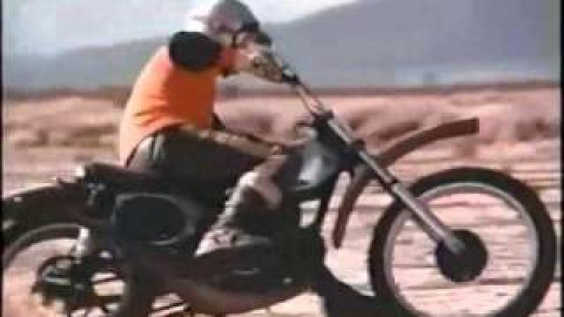 Steve Mc Queen riding a Honda CR250M Elsinore
