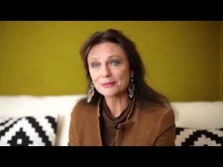 Jacqueline Bisset - Interview in French 2012