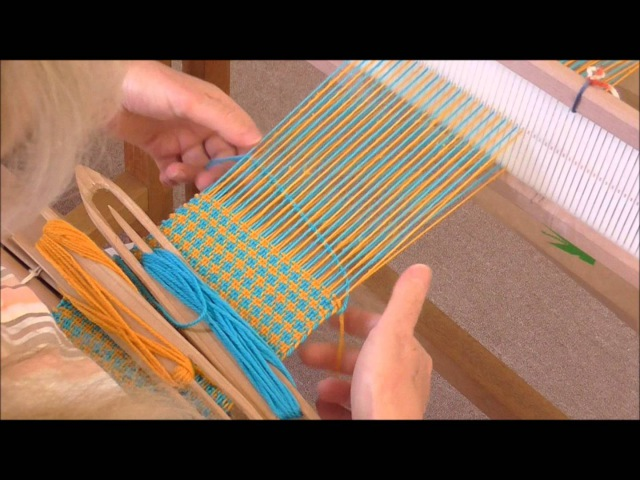 Weaving Houndstooth on a Rigid Heddle Loom