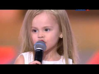 Виталий Гогунский с дочкой Миланой поют песню Лепса пустые зеркала Новогодний ...