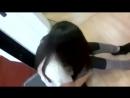 Девушка сидит на вибраторе