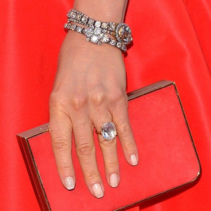 nxhYinIqeDc - Обручальные кольца звездных невест Голливуда