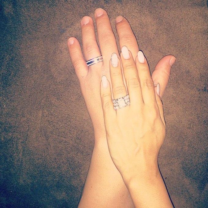 AxNXlefJ5m0 - Обручальные кольца звездных невест Голливуда