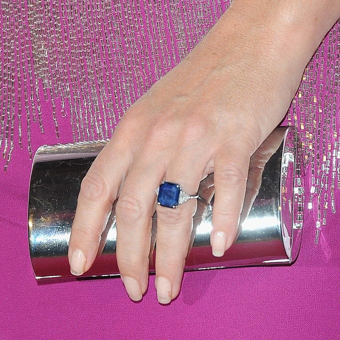 XJz Wc1zNVc - Обручальные кольца звездных невест Голливуда