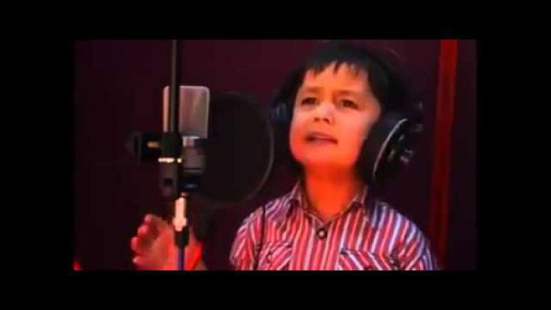 4 Yaşındaki Küçük Çocuk Sesiyle Dünyayı kendine hayran bıraktı Chaky Chaky Boroni
