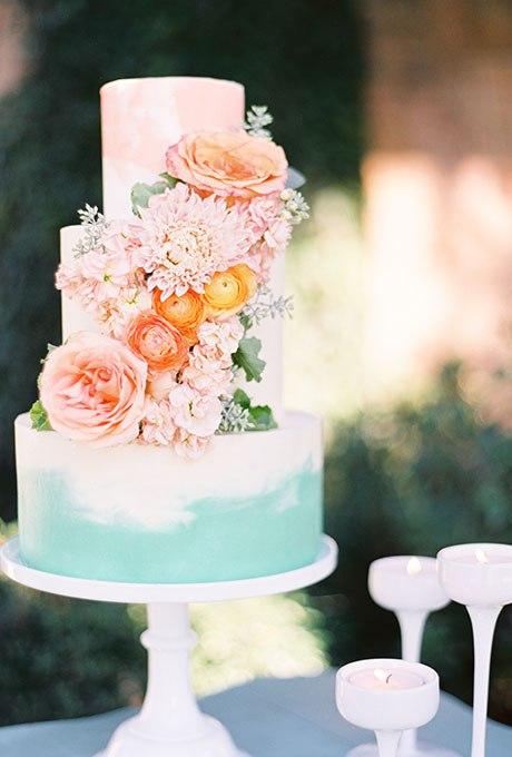 Свадебный торт весны: 20 Идей для весеннего свадебного торта. Ведущий на праздник, тамада на юбилей, ведущий на банкет. Заказать услуги в Волгограде: +7(937)-727-25-75  и  +7(937)-555-20-20