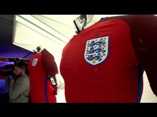 Take a closer look at england football team's new nike football kits: