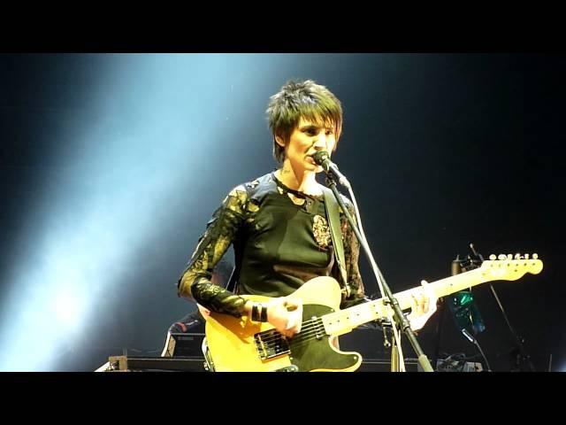 Земфира - Попробуй спеть вместе со мной (В. Цой) - 7.10.2010