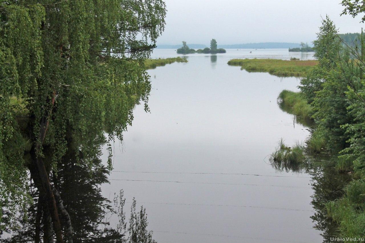 Ушковская канава и Черноисточинский пруд