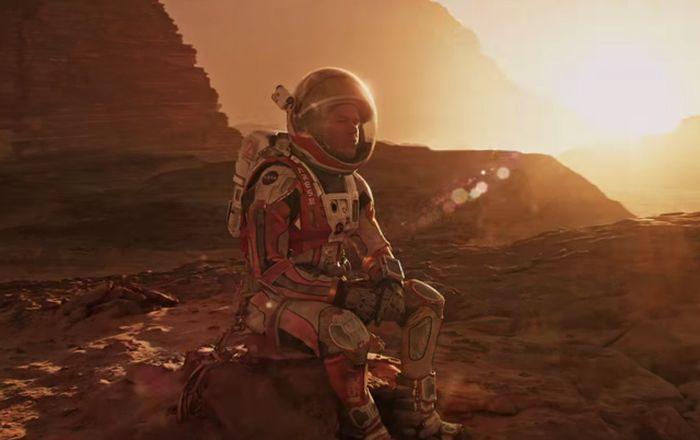 Один на планете: Мэтт Дэймон в трейлере «Марсианина»