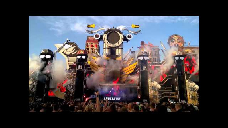 Angerfist @ Dominator 2015 Riders of Retaliation ** video is upload compilation
