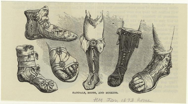 Римляне не отставали от греков. Продолжая усовершенствовать грецкую, они придумали закрытую обувь. Поэтому уже стало неприлично появляться на людях с открытым носком. Начали носить туфли с носком и мягкие сапожки.  Дома начали одевать тапочки, что раньше никто не делал (все ходили босиком, даже фараоны в Египте). Еще римляне разделили обувь на женскую и мужскую. Кроме фасона, рознь была еще в цветах – мужчины носили черную или коричневую, женщины же предпочитали белую или разноцветную. Для особо торжественных случаев в богатых и знатных римлян была пурпурна обувь, обычно обильно украшена жемчугом и вышивкой.