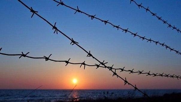 В КИЕВЕ ПРЕДЛОЖИЛИ ЛИКВИДИРОВАТЬ ДОНЕЦКУЮ И ЛУГАНСКУЮ ОБЛАСТИ